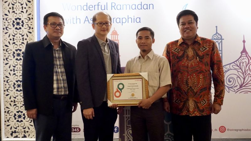 "Astragraphia with the Printer Channel Business Division held a Business Partner Gathering as well as breaking the fast together entitled ""Wonderful Ramadhan with Astragraphia"" at Kemayoran, Jakarta."